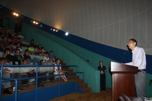 河北省科技馆举办《精彩纷呈的中国载人航天》公益讲座